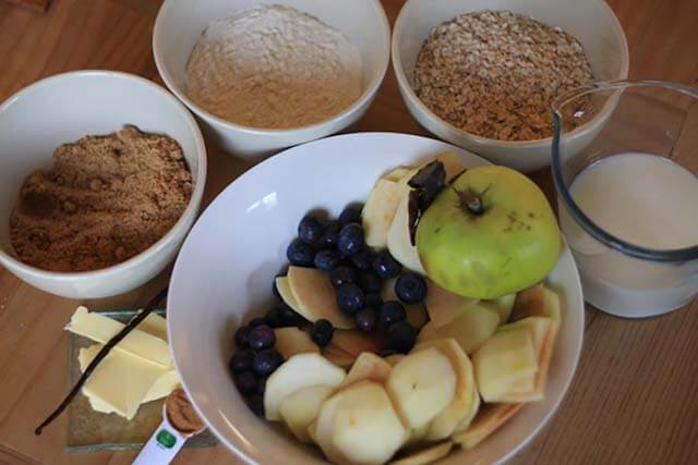Apple Blueberry Crumble Pudding Recipe ingredients