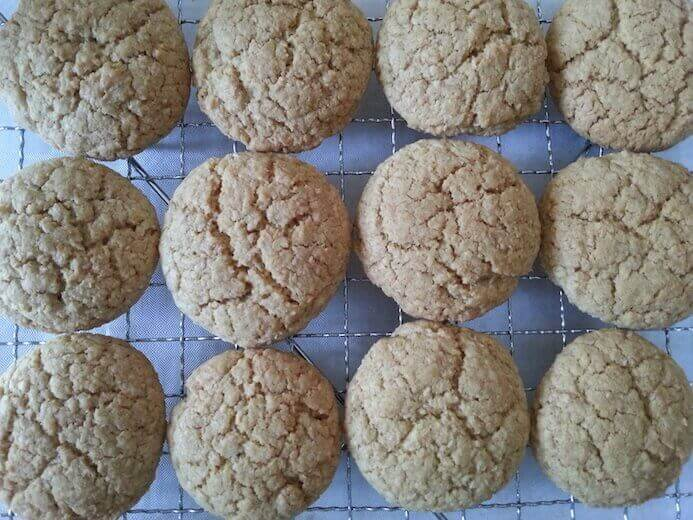 big batch of crunchy coconut cookies recipe