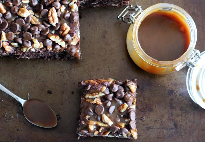 Salted Caramel Sauce Recipe made with either agave syrup or golden syrup