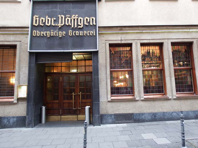 Cologne City Guide things to eat and drink traditional food and drink in Hausbrauerei Päffgen