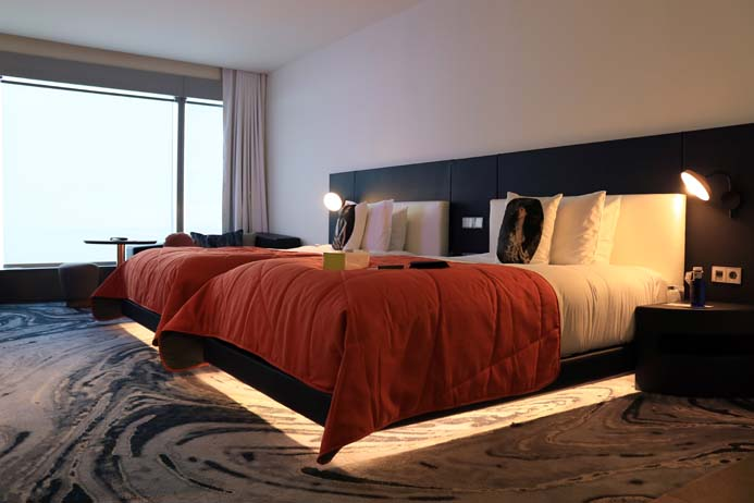 W Hotel Barcelona review the wonderful bedroom