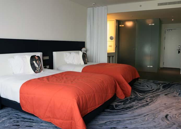 W Hotel Barcelona review the wonderful sky twin bedroom