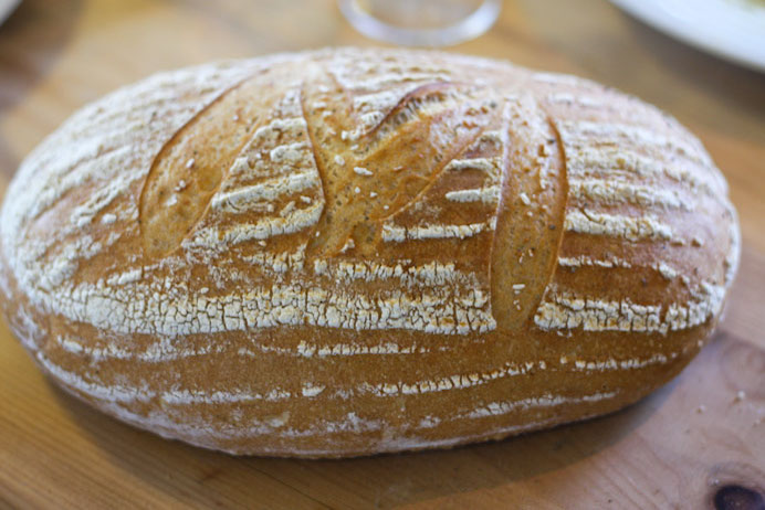 Easy White Bread Recipe - Bread baking tips and tricks - how to make bread at home.