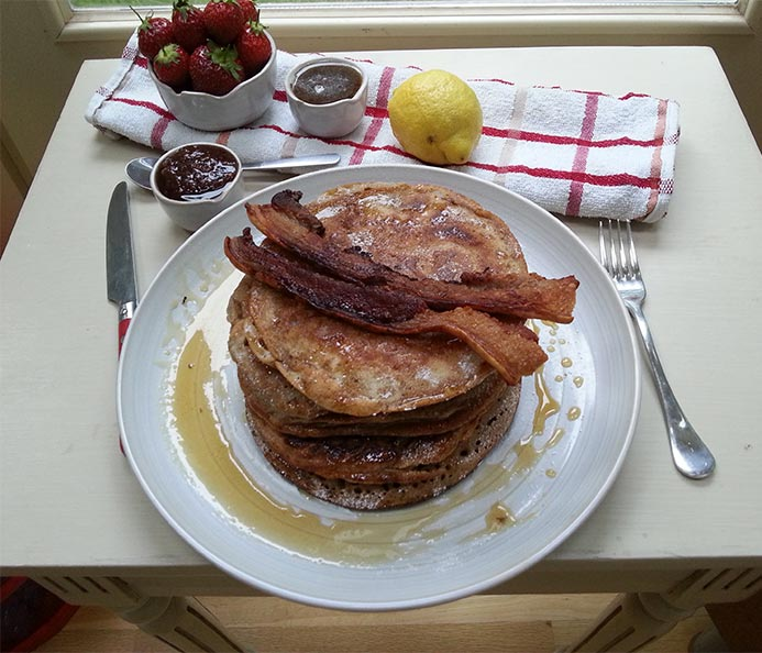 American pancake recipe for fabulous fluffy filling American style pancakes served with maple syrup