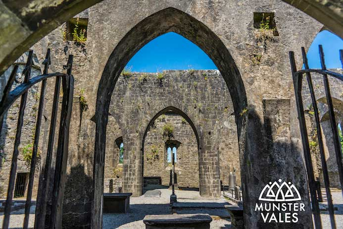Kilmallock Travel Guide - Klmallock County Limerick Ireland medieval walled town.