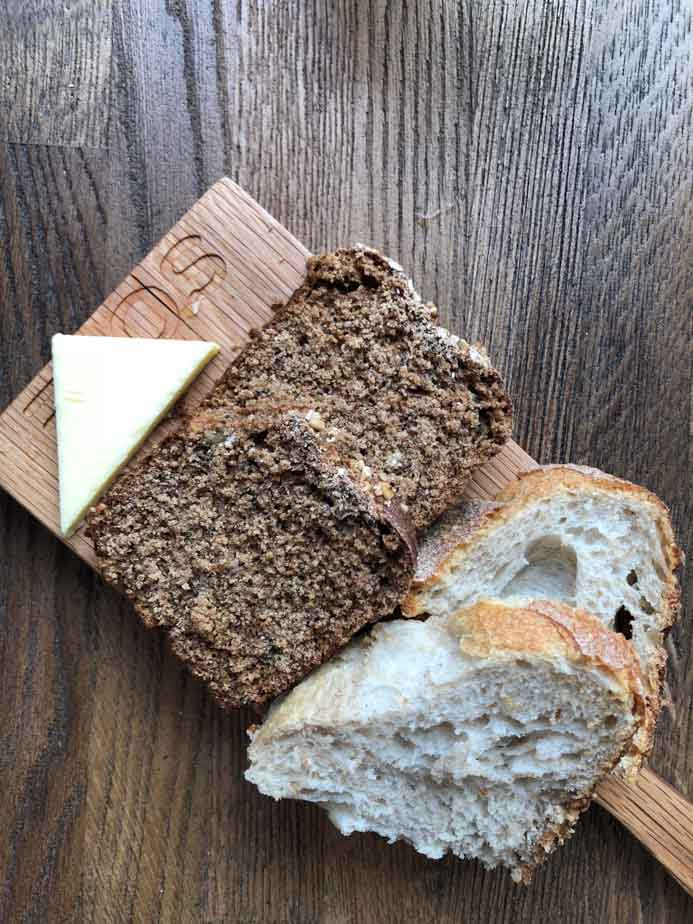 Sole Seafood and Grill Dublin Restaurant review by Melanie May. The brown and white bread.