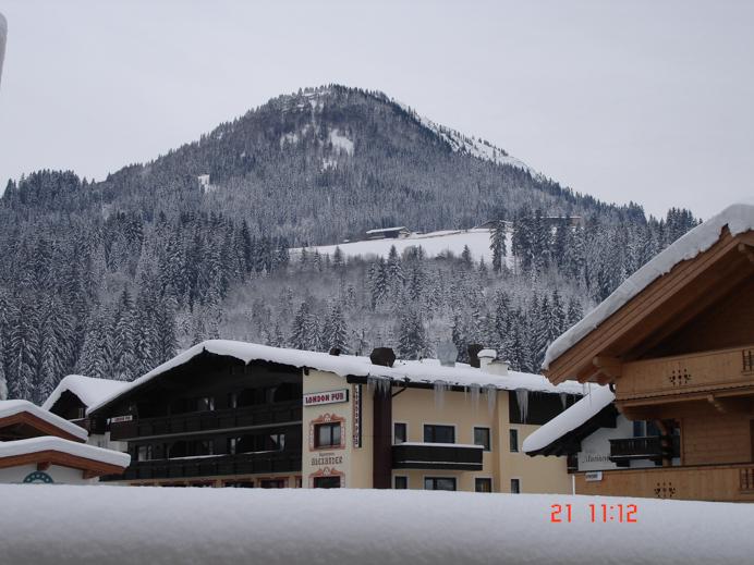 Getting ski fit. The London Pub Kirchberg Austria.