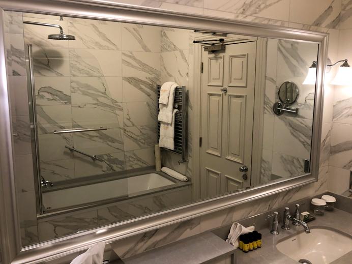 Glenlo Abbey Hotel and Estate Grand Suite Bathroom