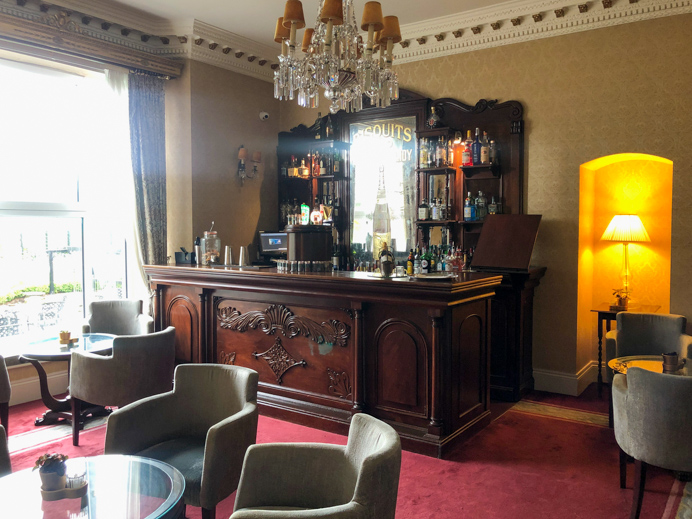 Glenlo Abbey Resident's bar